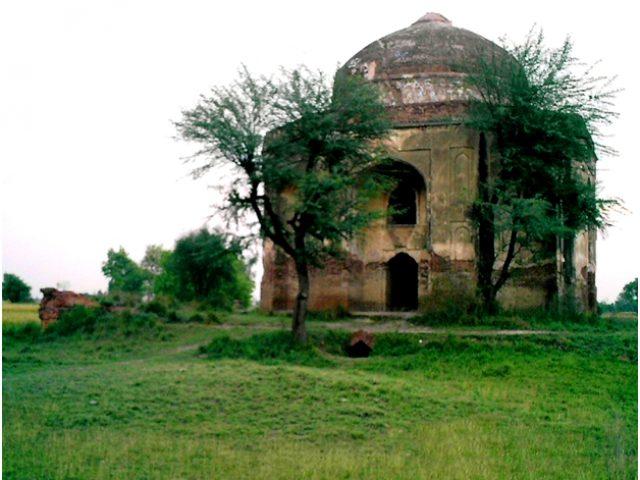 Sheikh Ali Ibn-E-Hasan Ali Khan Arab Tomb Helan